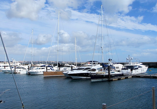 Boat moorings and marinas: where to keep your boat